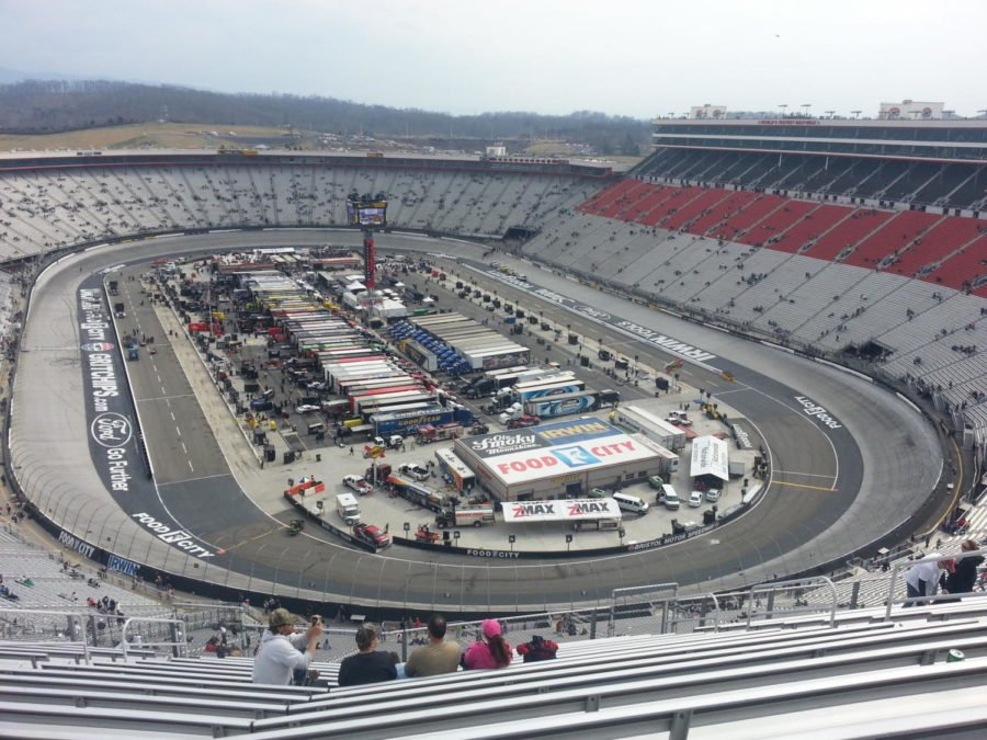 NASCAR Bristol Race Report – Slidin' Around in Dirt